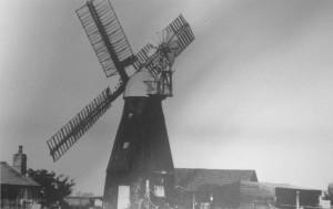 Circa1920s_Sohaminoldpicturepostcards_R.H.Rouse